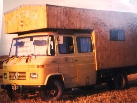 LKW mit Hütte LKW mit Hütte