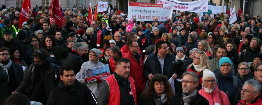 Kundgebung gegen Kigagebühren ÖGB OÖ