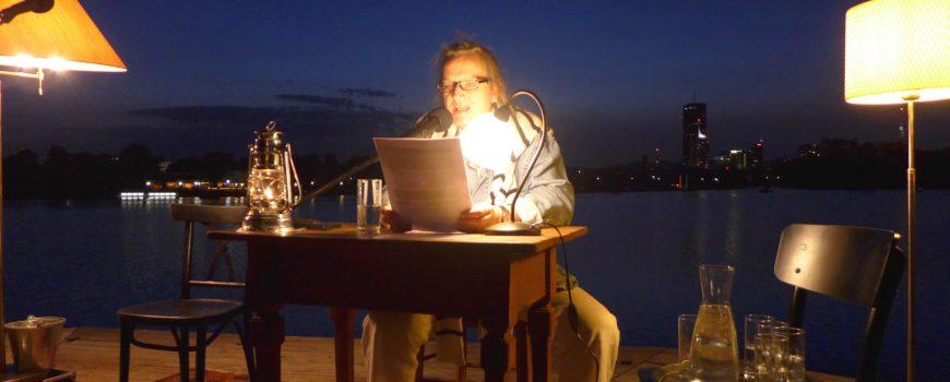 Literatur am Steg/Christa Nebenführ Foto: Wallyre