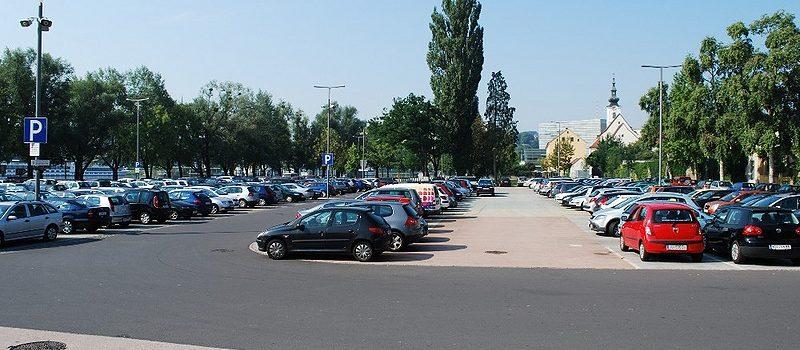 800px-Pendlerparkplatz_Urfahrmarkt