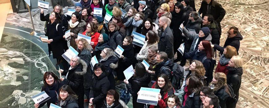 Unterschriftenaktion Frauen*volksbegehren 2.0
