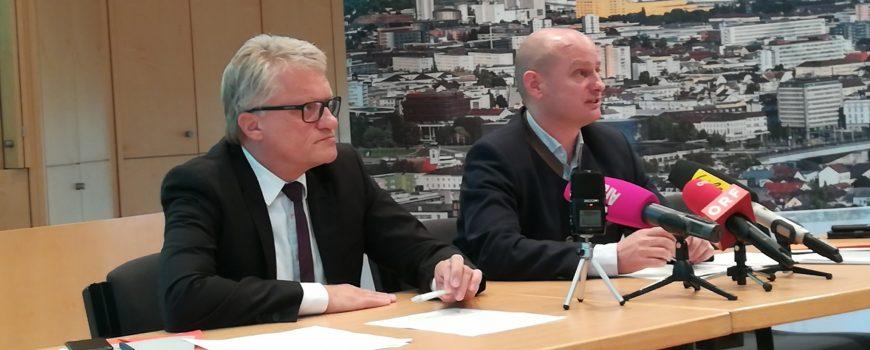 PK Neue Linzer Donaubrücke Bürgermeister Luger und Stadtrat Hein bei PK Foto: Michael Diesenreither