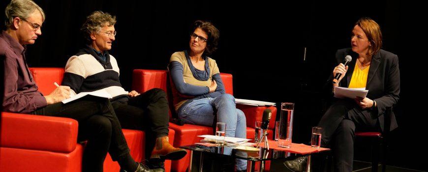Brand_Fischer_Wall-Strasser_Ecker Sigrid Ecker im Gespräch mit Ulrich Brand (Politikwissenschaftler) sowie Karin Fischer (JKU Linz) und Sepp Wall-Strasser