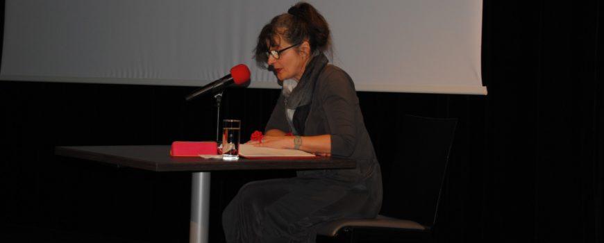 DSC_0002 Maria Hofstätter liest Johanna Dohnal (c Birgit Mock, AK Linz)