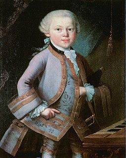 255px-Wolfgang-amadeus-mozart_2 W. A. Mozart in Hofkleidung auf einem Ölgemälde von 1763.