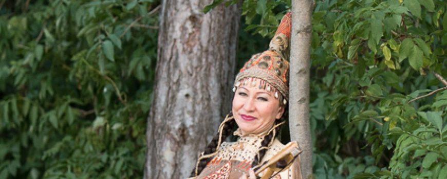 img_97151 Raushan Orazbaeva, die Virtuosin auf der Kyl Kobyz, einem zweiaitigen Streichinstrument, in der Tradition von Kasachstan