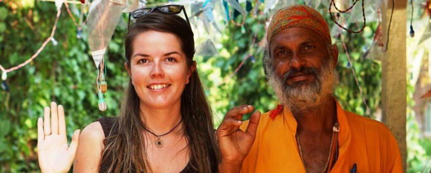 Linnea und ein Inder Linnèa in Indien