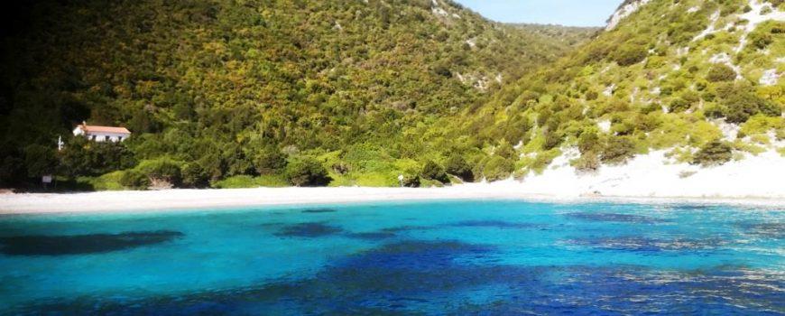 Die Bucht der Insel Atokos Die Bucht der Insel Atokos