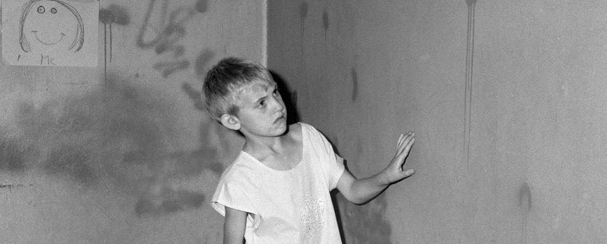 Roger Ballen, Girl in white dress, 2002