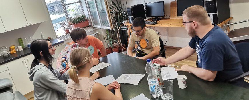 Beitrags_Gestaltung Jugendliche der SI Linz und Steyr beim Klartext-Workshop über Finanzielle Gesundheit