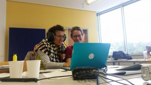Lehrredaktion 2019, LIVE vom Gandhi Symposium, Adriana Torres, Leticia Camillo dos Santos