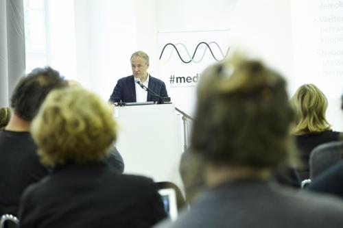 Thomas Steinmaurer (Uni Salzburg/Public Network Value Studie)IMG 4185